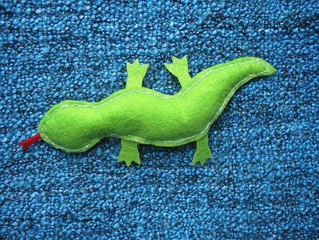 The Lizard, Handmade, Felt, Green, Sewing