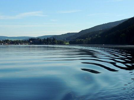 Titisee-neustadt, More, Water, Mountains, Nature