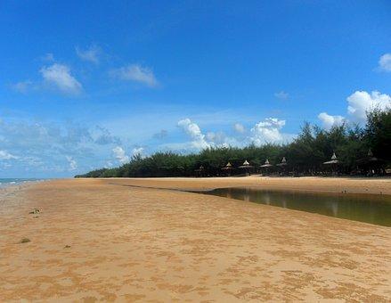 Pantai Slopeng, Sumenep, Madura, East Java, Indonesia