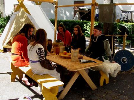 Camp Life, Kenzingen Medieval Festival, Historically