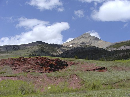 Waterton Provincial Park, Red Cliffs, Rocks, Scenery