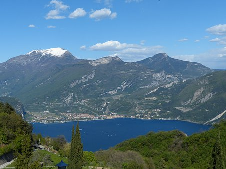 Torbole, Garda, Monte Stivo, Monte Creino, Monte Biaena