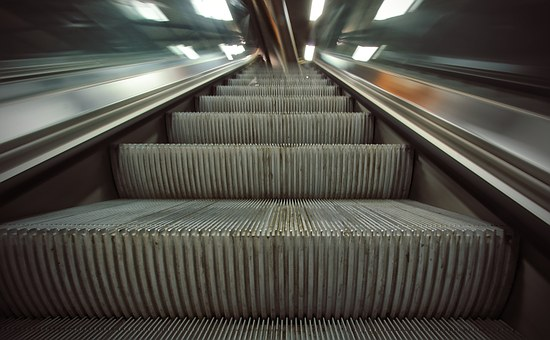 Escalataor, Automatic Stairway, Train Station