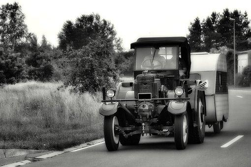 Lanz Bulldog, Bulldog, D9506, Historically