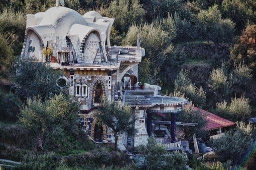 Hundertwasser, Home, Greece