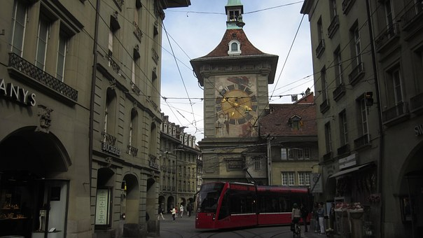 Oldtown, Bern, Switzerland, Historical, Zytglogge, Tram