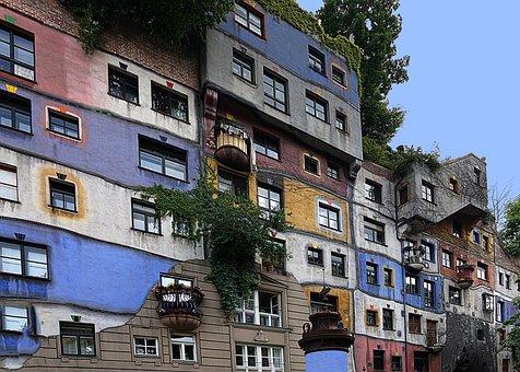 Vienna, Hundertwasser House, Artists
