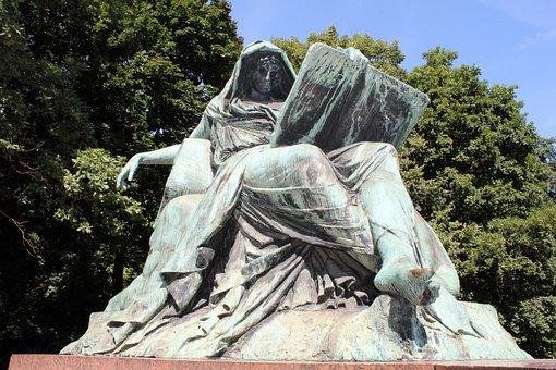 Sibylle, Bismarck National Monument, Big Star, Berlin