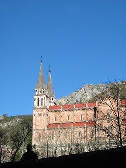 Covadonga, Church, Asturias
