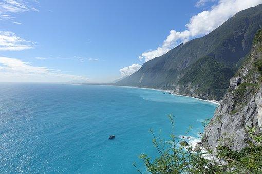 Taiwan, Hualien, Air Circuit Breakers Water Cliff, Sea