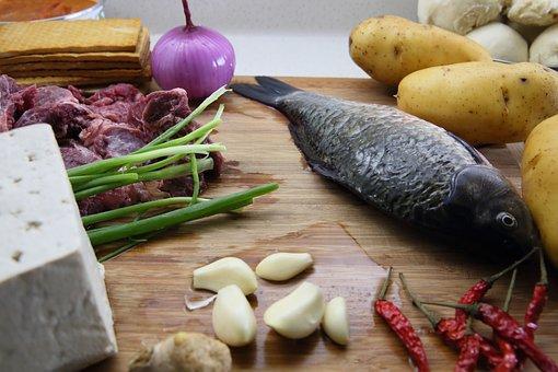 Potato, Beef, Crucian Carp, Tofu, Red Pepper