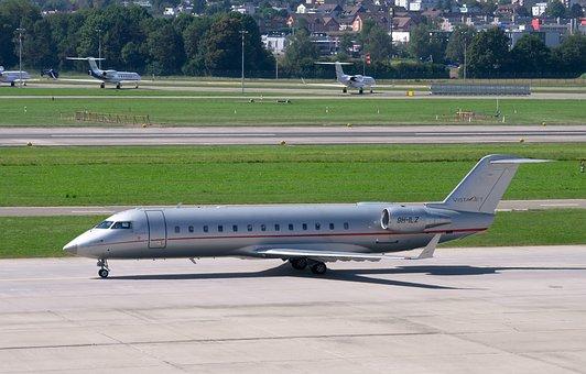 Bombardier Challenger 850, Vistajet, Airport Zurich