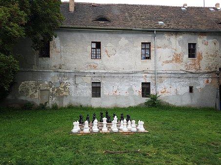 Budapest, Obuda, Chess Game, Chess, Chess Pieces