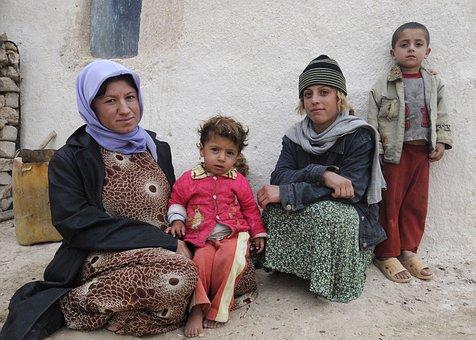 Iraq, Iraqi, Family, Woman, Mother, Children, Girls