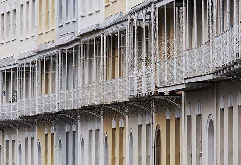 Georgian, Crescent, Terrace, Clifton, Bristol, England