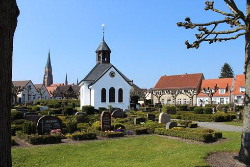 Schleswig Holm, Fishing Village, Historically, Church