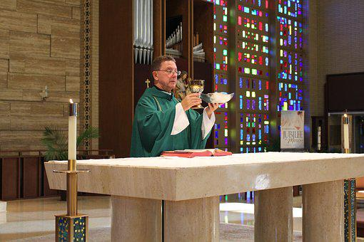 Priest, Catholic, Mass, Host, Chalice, Altar, Liturgy