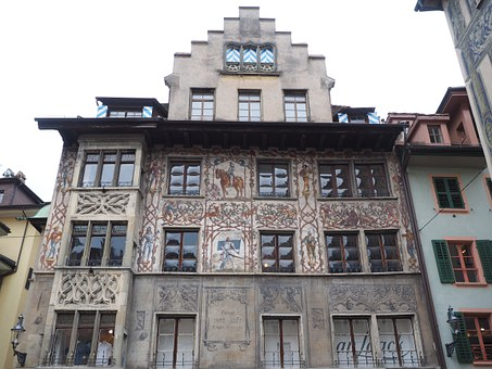 Frescos, Lucerne, Dornacherplatz House, Dornacher