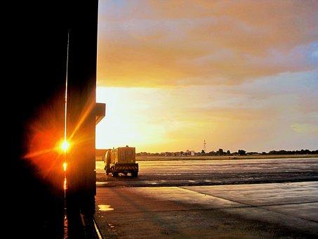 Tarmac, Hanger Door, Airfield, Airport, Sunset, Glow