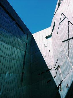 Jewish Museum, Berlin, Architecture