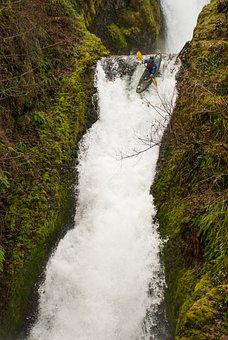 Waterfall, Oregon, Bridal Veil Falls, Kayak, Daredevil