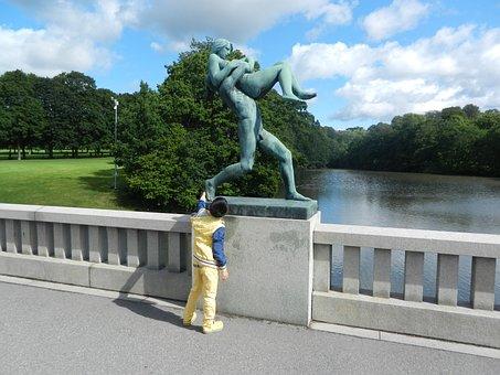 Sculpture, Run, Hold Back, Art, Boy, Tourist, Small