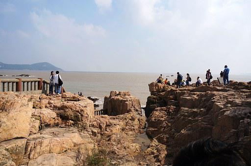 Rock, The Sea, Putuo