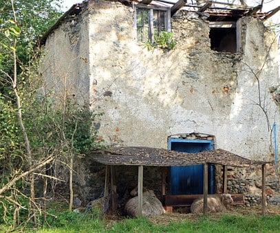 Building, Old, Lapsed, Decay, Ruin, Hauswand, Run Down
