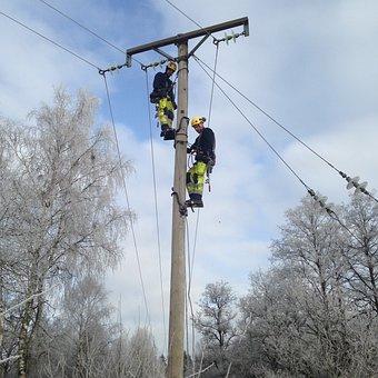 Pole Climbing, Electric Lines, Security, Dangerous