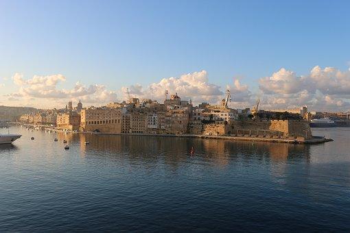 Msc Divina, Cruise, Site, Cruise Ship, Lake, Travel