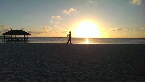 Sunset, Beach, Saxophonist, Abendstimmung, Cuba