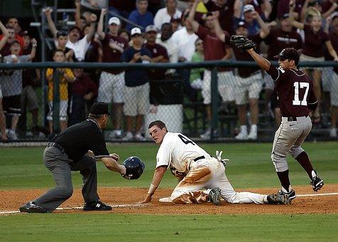 Baseball, Runner, Umpire's Call, Fans, Spectators