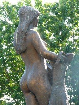 Bullayer Brautrock, Statue, Woman, Naked, Bosom, Breast