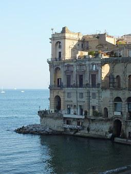 Naples, Alte Buid, Italy