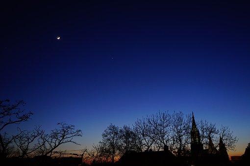 Evening Sky, Night, Moon, Venus, Night Sky, Star, Ulm