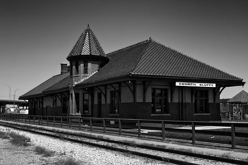 Council Bluffs, Iowa, Train Station, Building, Railroad