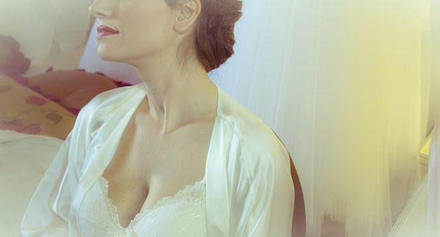 Bust, Woman, Lips, Red, Skin, Dress, Lady, Fabric