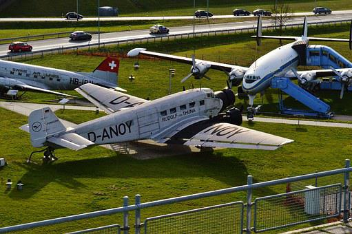 Old Aircraft, Munich Airport, Exhibition