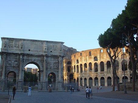 Rome, Colosseum, Arch Of Constantine