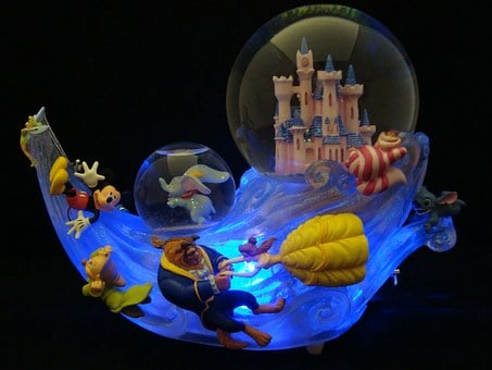 Snowglobes, Disney, Collectible Action Figures