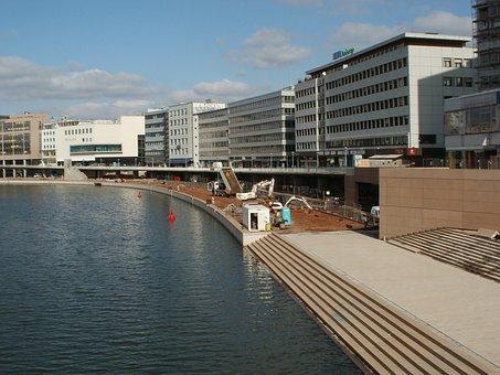 Berliner Promenade, Saarbruecken, Saar, River