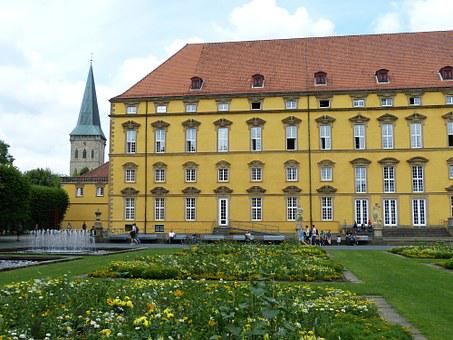 Osnabrück, Old Town, Castle, Palace, University