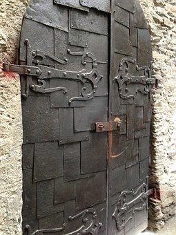 Castle, Door, Middle Ages, Historically, Hinged Door