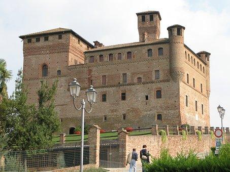 Castle, Piedmont, Grisane Cavour, Italy
