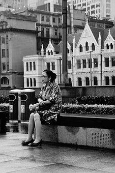 The Old Man, Rest, Street, Live Alone, Sad, City