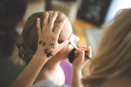 Make Up, Make-up, Artist, Applying, Woman, Girl, Hand