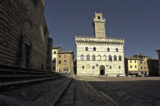 Montepulciano, Large Square, Tuscany, Italy, Noble Wine