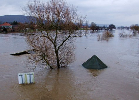 River, Water, Flood, Weser, Banks, Electricity
