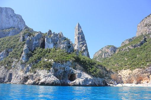 Cala Goloritze, Italy, Sardinia, East Sardinia, Boot