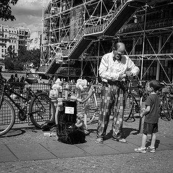 Paris, Street, Child, Clown, Centre Pompidou